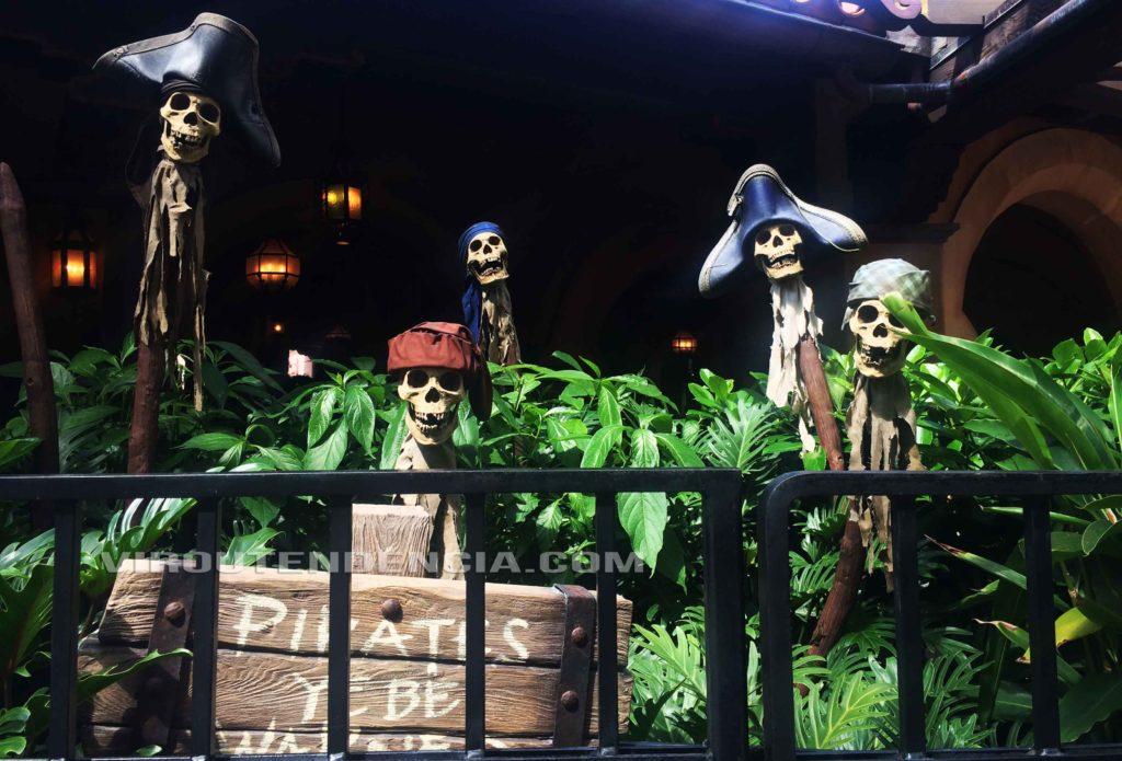 Atracoes Piratas do Caribe Disney Orlando