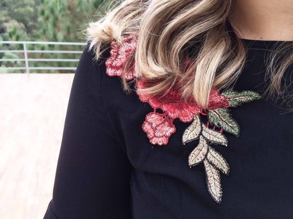 Como Usar Bordado de Rosas Fashion - Moda e Tendências