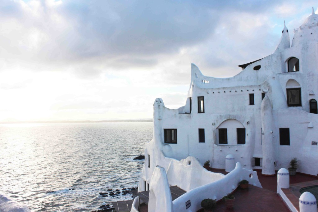 Pontos Turisticos Uruguai - Blog Viagem Uruguai - Casapueblo Punta Ballena