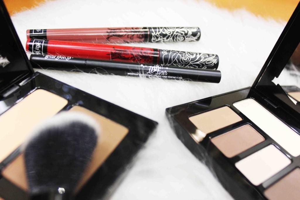 Kat Von D na Sephora Brasil - maquiagem artística, base Lock It, Paleta Shade Light, Everlasting Liquid Lipstick, Delineador Ink Liner