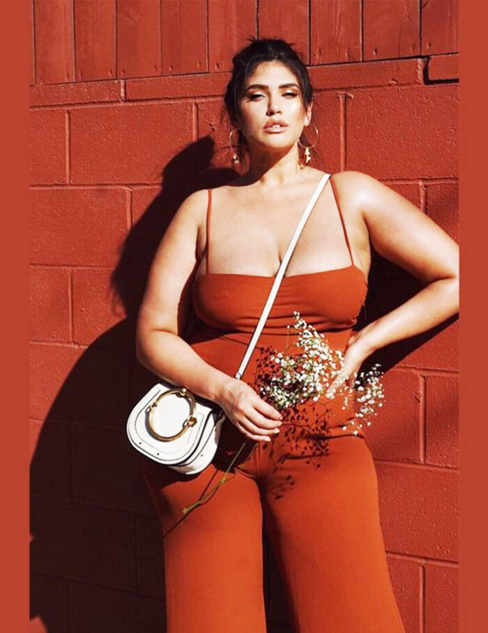 Look La'tecia Modelo Plus Size
