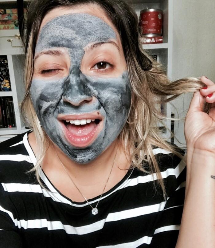 Resenha L'Oréal Máscara Detox Argila Pura Iluminadora