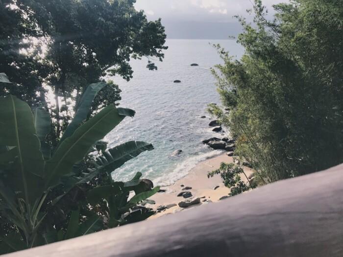 """Praia """"secreta""""no restaurante Ben's Bar Comidaria em Ilhabela"""